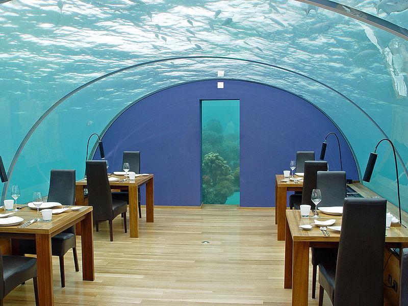 ithaa-undersea-restaurant (4)