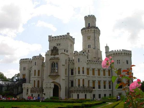 zamok_gluboka-nad-vltavoj-chekhija
