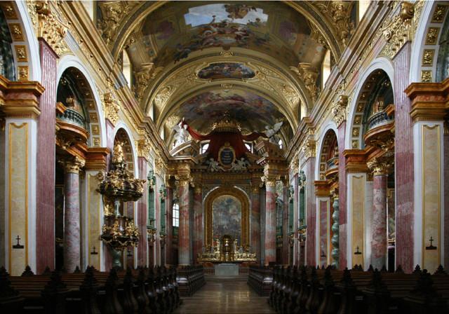 Иезуитская церковь в Вене