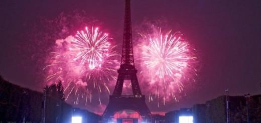 Новый год - на Эйфелевой башне