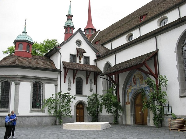 Церковь святого Леодегара - символ Люцерна